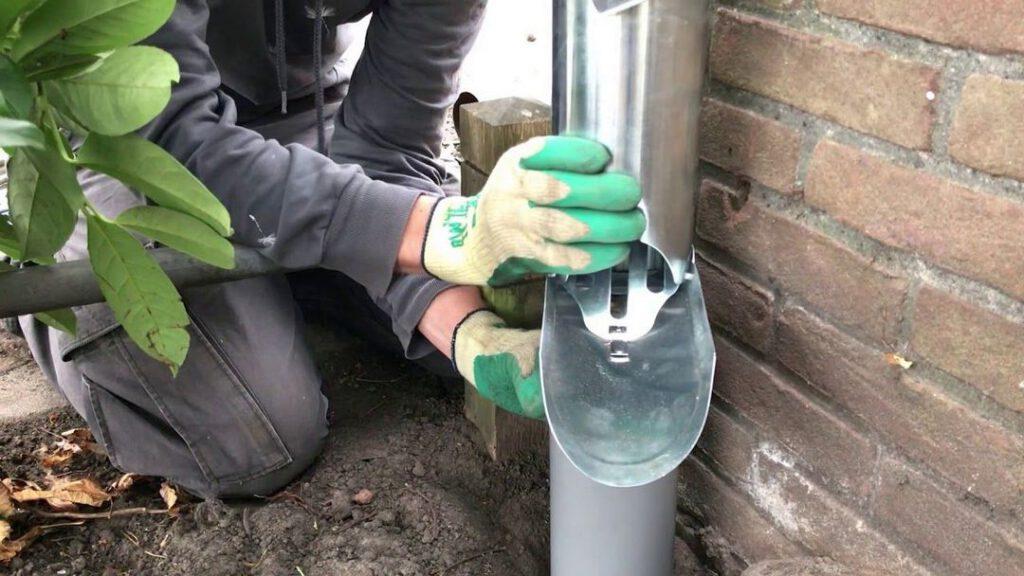 Voorbeeld afkoppelen hemelwaterafvoer van riolering